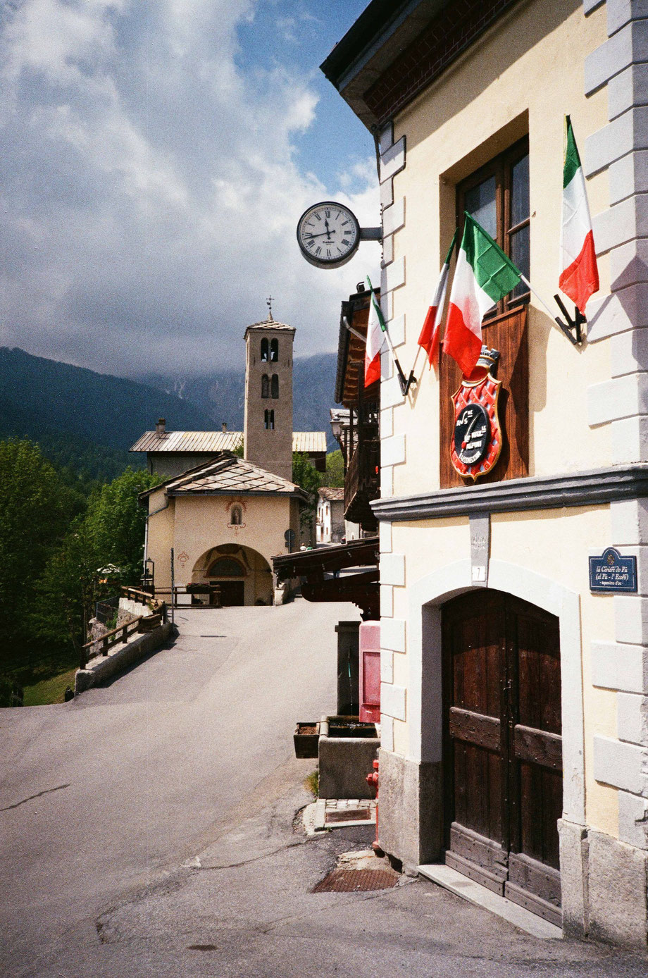 Les Arnauds, Bardonecchia. Il borgo. (With Olympus XA2 and Agfa Vista Plus 200 Film)