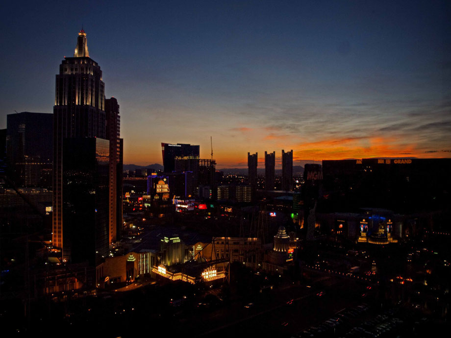 Dawn in Las Vegas