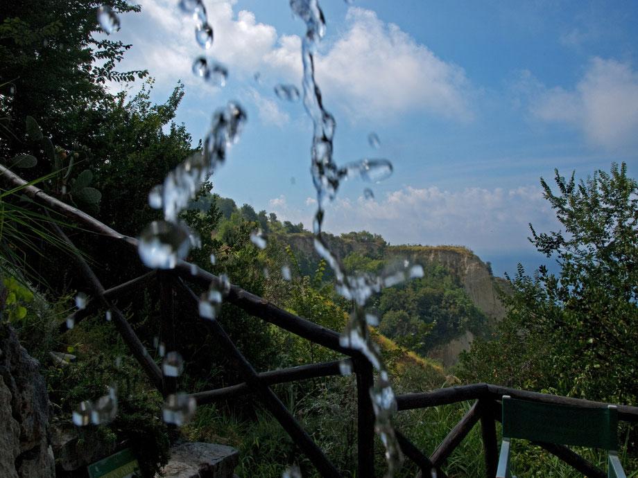 Ischia, Fonti Nitrodi, all'origine dell'acqua termale