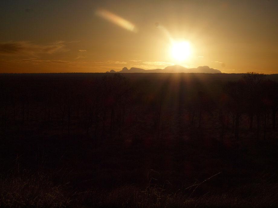 Kata Tjiuta, sunset