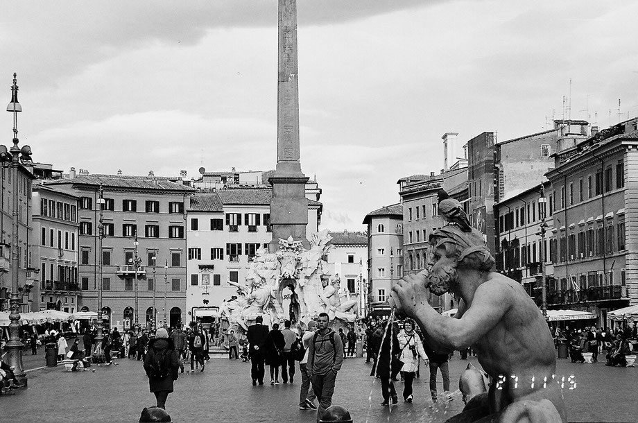 Rome, Piazza Navona (with Leica C2 Zoom and Ilford XP2 400 film)