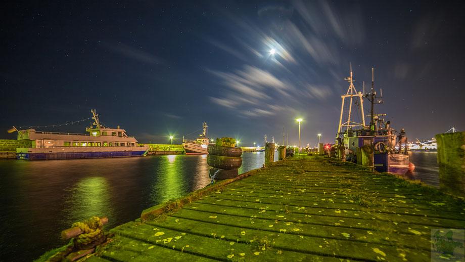 Hafen Sassnitz bei halb Mond