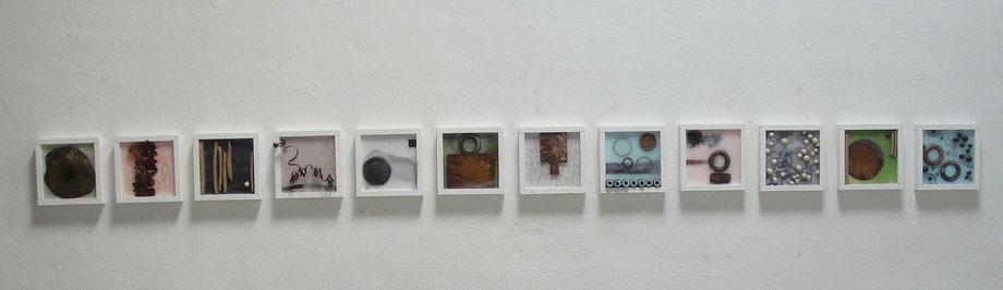 Objekte aus Wachs, Keramik, Metall und Papier  21 x 21 cm