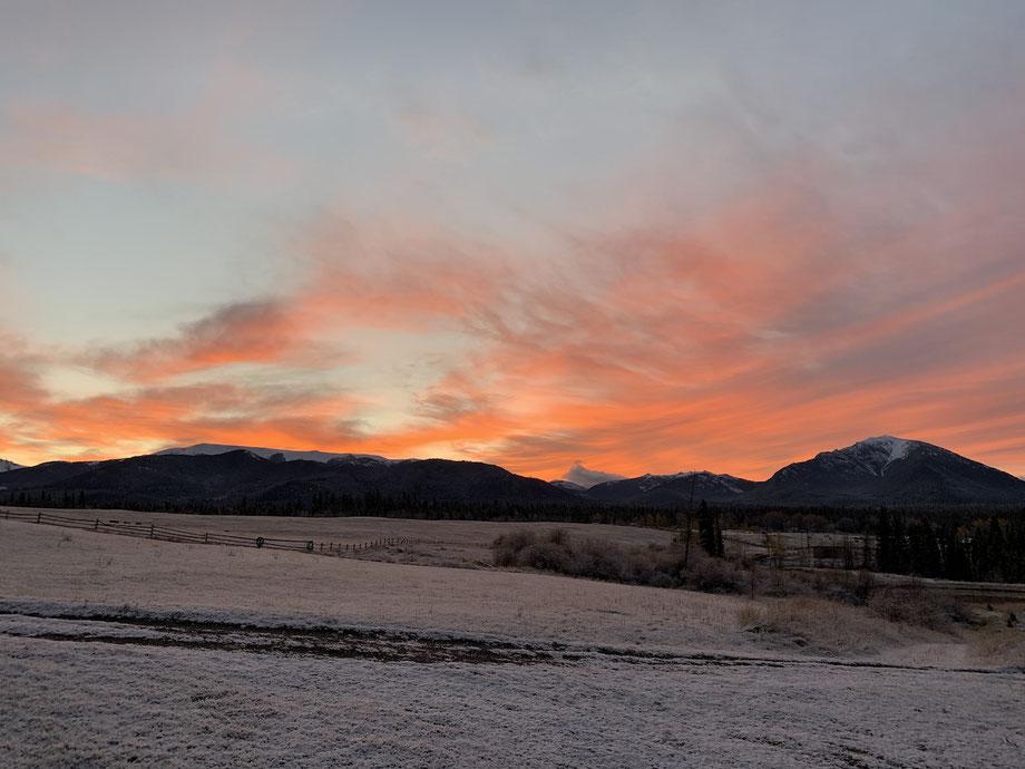 Sunrise over the Marble Mountain Range