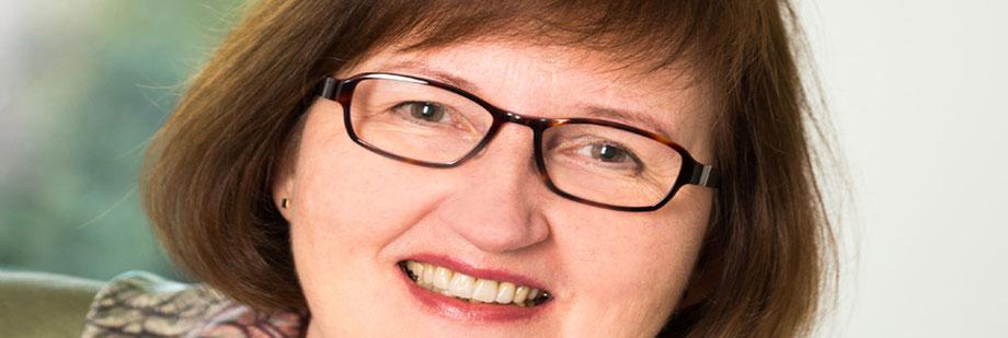 Rechtsanwältin und Notarin Rita Deppenkemper