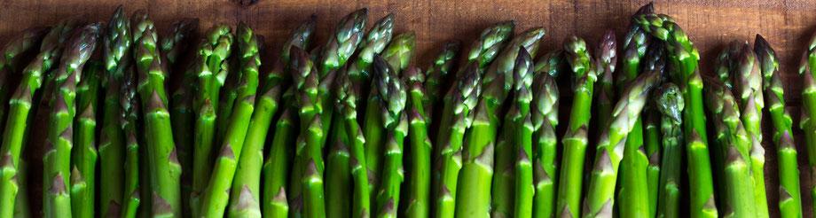 Come pulire e cuocere gli asparagi