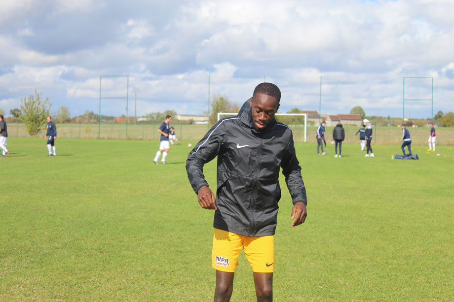 CS Mainvilliers Football Jude Mayemba