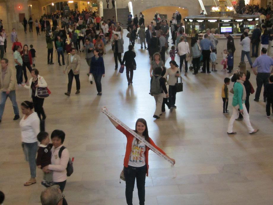 Jede Stunde des Tages-Text von Heike Marianne Liwa im Central Station New York (USA) 2013