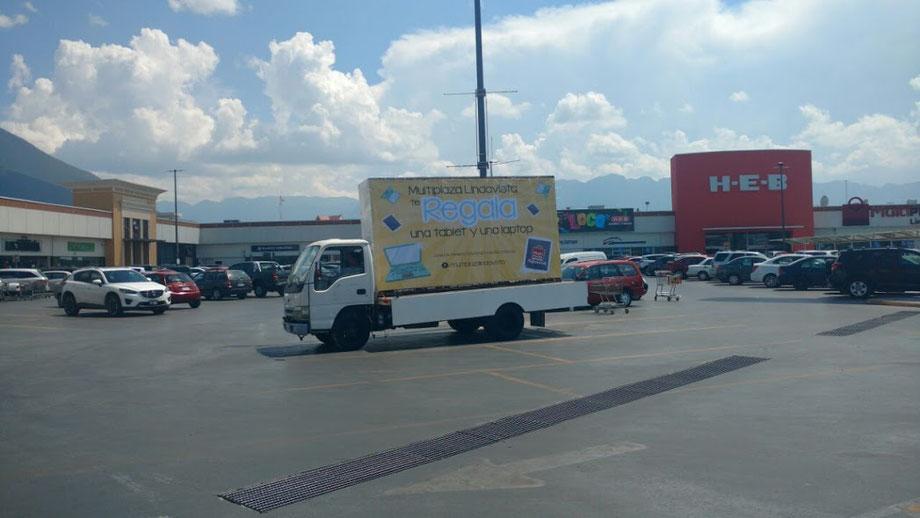 Vallas móviles en Monterrey, Nuevo Leon, Mexico. Renta, los 365 días del año.