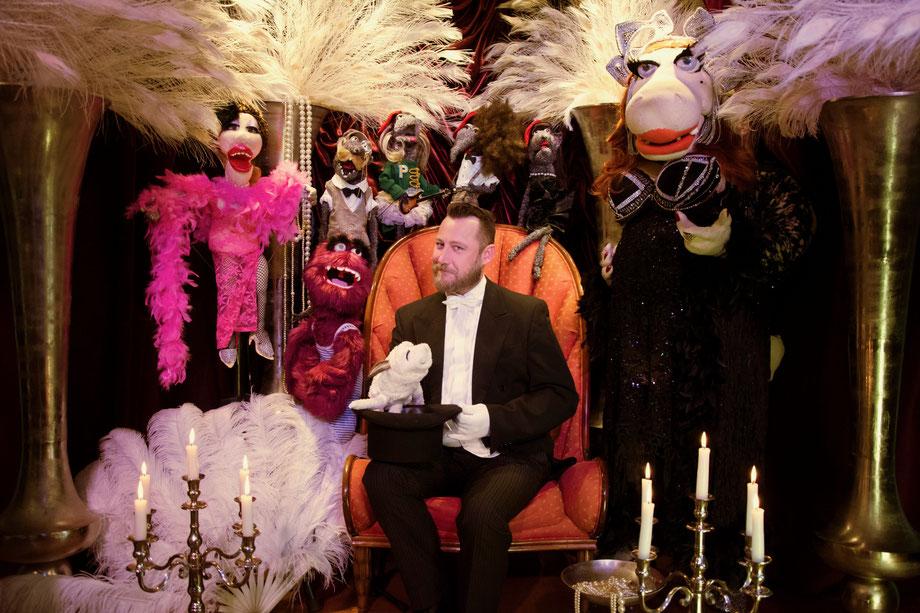 Christian Bauer aus der Zitronenvilla (Villa Mühlenbach) mit den The Cool Rats die verkleidet sind wie die Jazz Band The Cool Cats aus Köln.