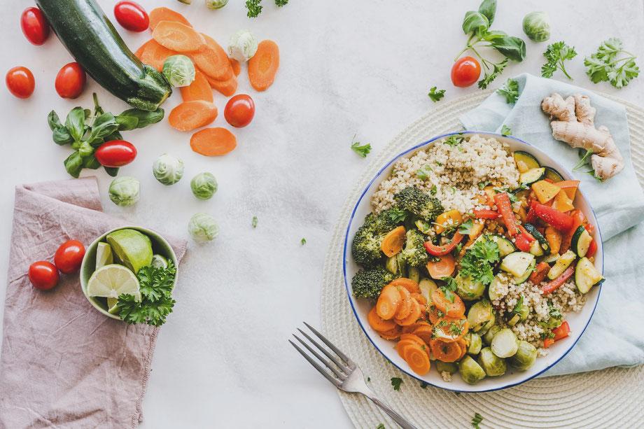 Optimized Nutrition Minimalist Biohacker Vegetables Ginger Lemon