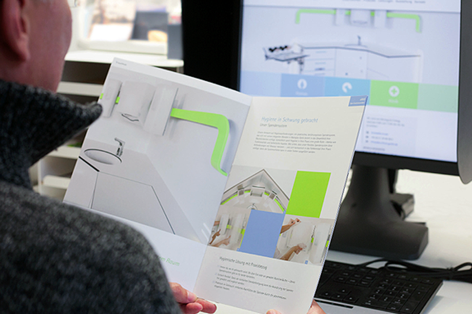 Imagebroschüre und Internetauftritt | Buchholz Praxiseinrichtungen | Auftraggeber: RpunktDESIGN Werbeagentur GmbH