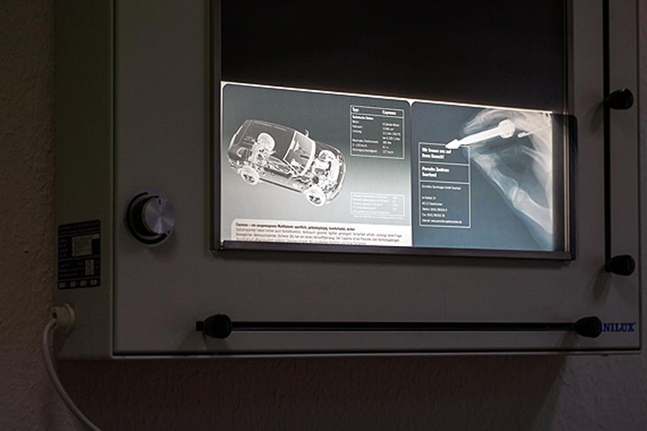 prämiertes Ärzte-Mailing mit personalisierten Röntgenbildern für die Porsche Deutschland GmbH im Auftrag der Chromedia Dialogmarketing GmbH
