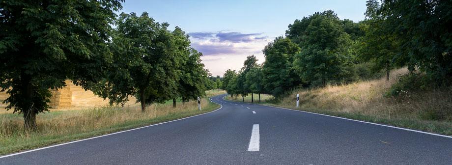 Bild von einer Landstraße