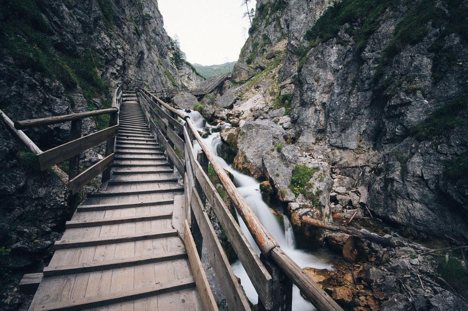 Konflikte überwinden, Ute Grandt Brückenbauerin, Bild: Stairways
