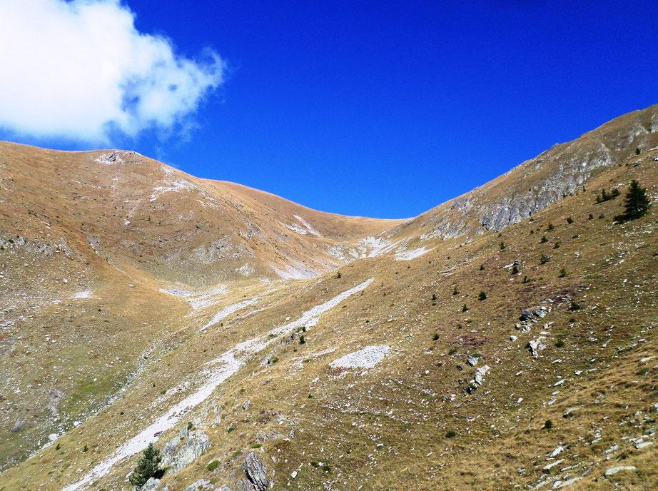 Montée vers le Mont Giraud, hors sentier