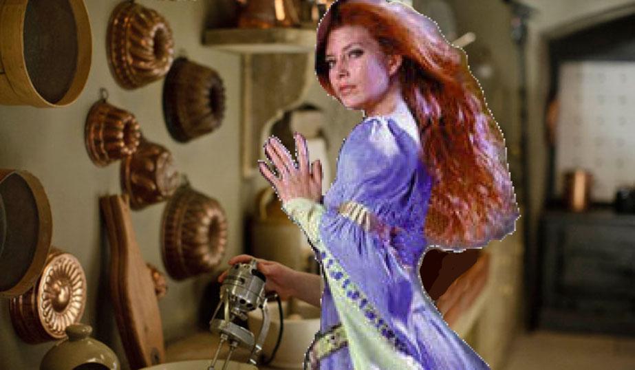 Lucrezia, opportunamente addomesticata, mantiene il suo fascino ultraterreno.