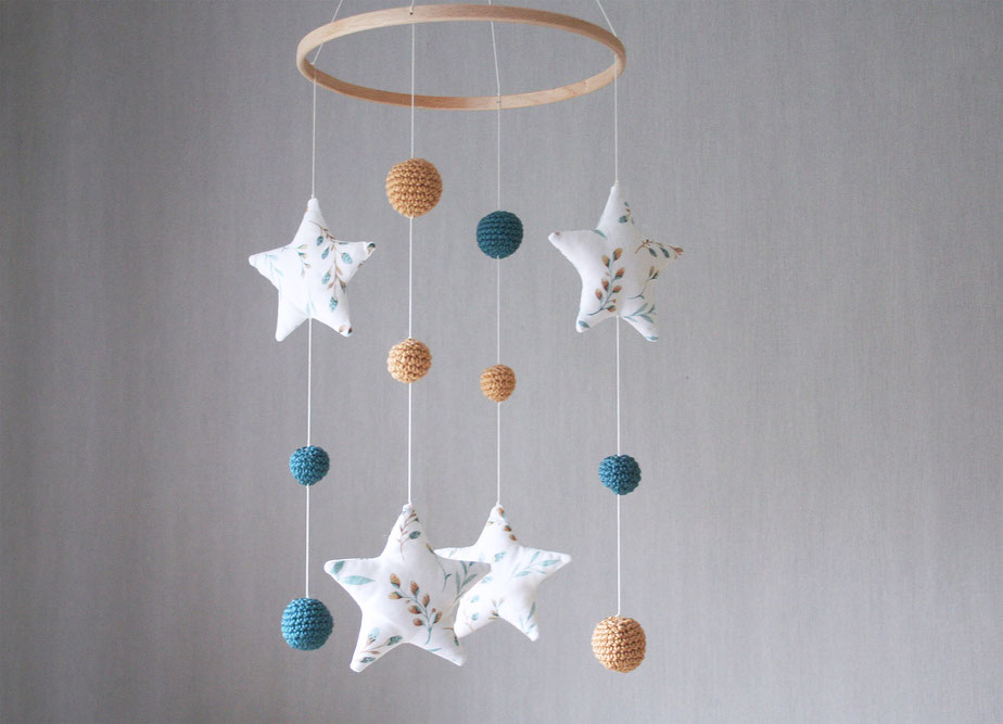 baby mobile fabric stars with crochet balls