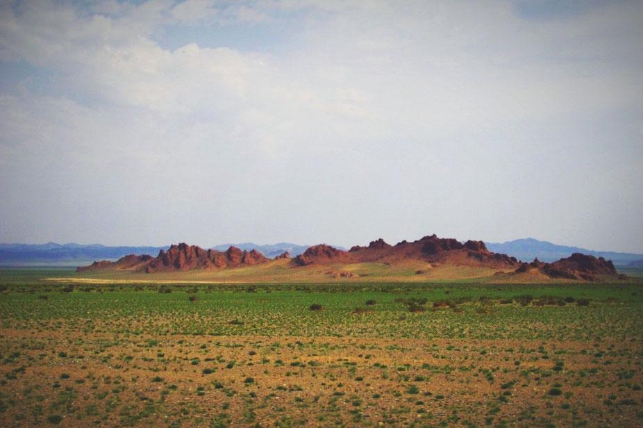 bigousteppes mongolie paysage montagne sable