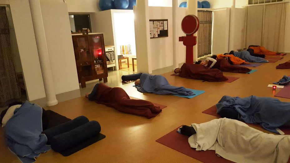 Hatha Yoga Nidra - MINI RETREAT