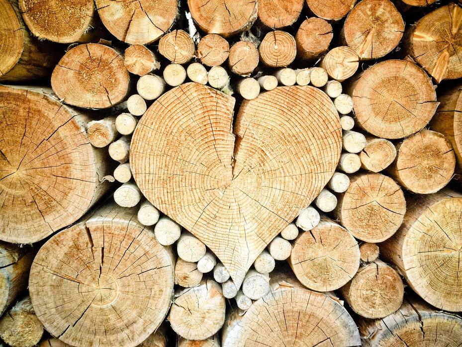 Conseil stockage bois de chauffage faire de belles piles de bois