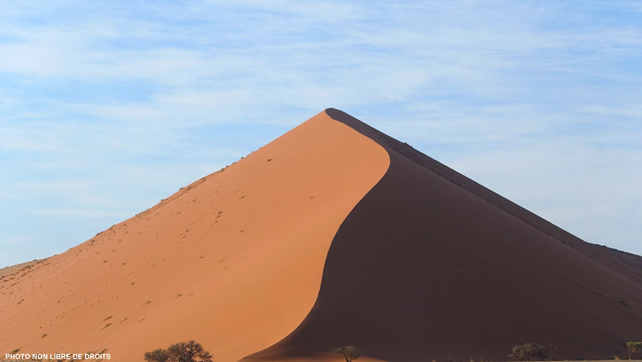 Dune ondoyante, dune 45, Namibie, photo non libre de droits