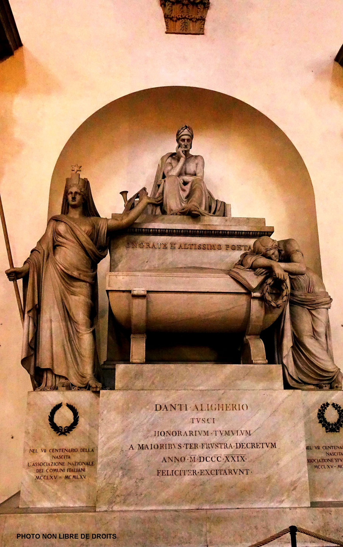 Cénotaphe de Dante, Basilica di Santa Croce, photo non libre de droits