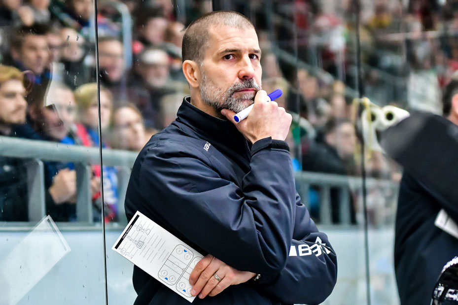 Sportdirektor und Head-Coach der THOMAS SABO Ice Tigers, Martin Jiranek