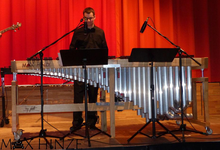 Erstauftritt des Marimbaphon im Mai 2016 beim Wunschkonzert der Stadtmusik Engen, Max Hinze selbst gebautes Marimba selbstgebautes Marimbaphon DIY, Urs Scheller