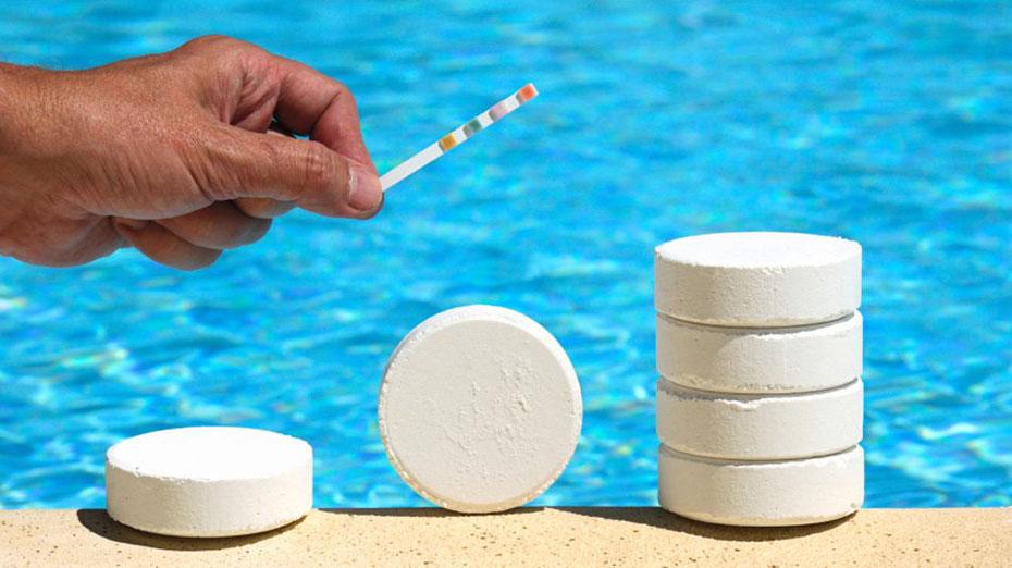 Prodotti chimici per il trattamento delle piscine