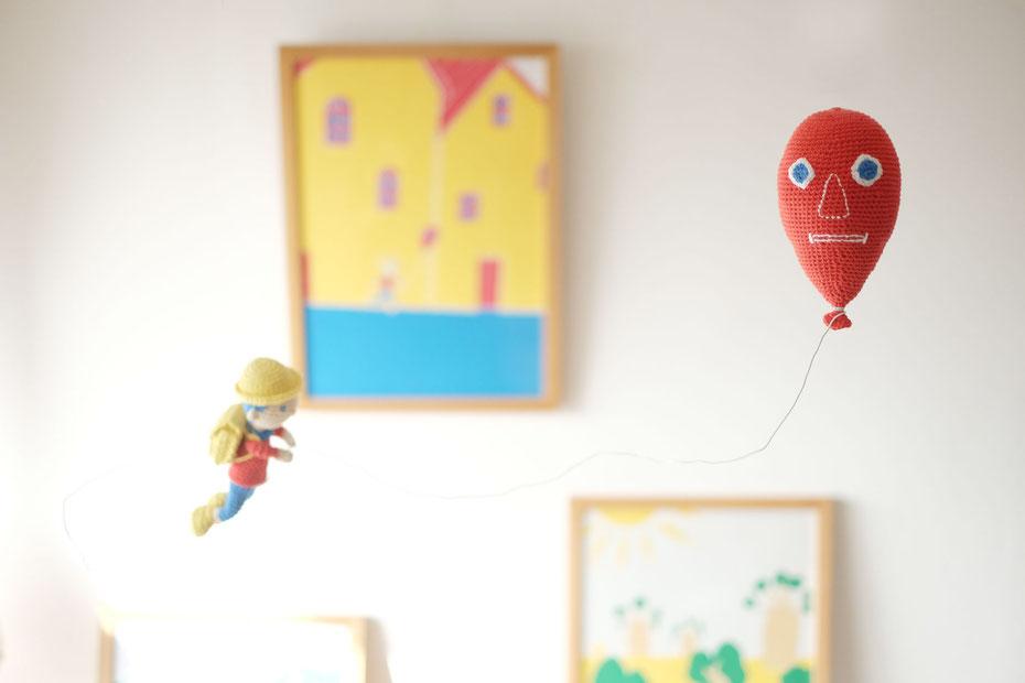絵本作家ミヤタタカシの切り絵「イラスト」と手編み作家こまいての「あみぐるみ」