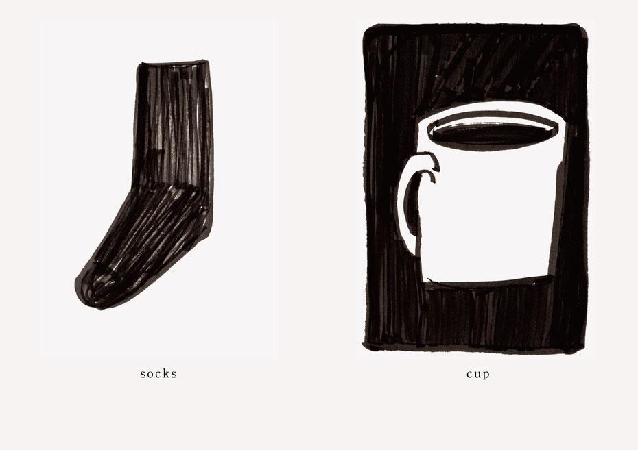 広島のイラストレーター、絵本作家であるミヤタタカシの黒のフェルトペンで描かれたモノクロームイラスト「socks and cup」