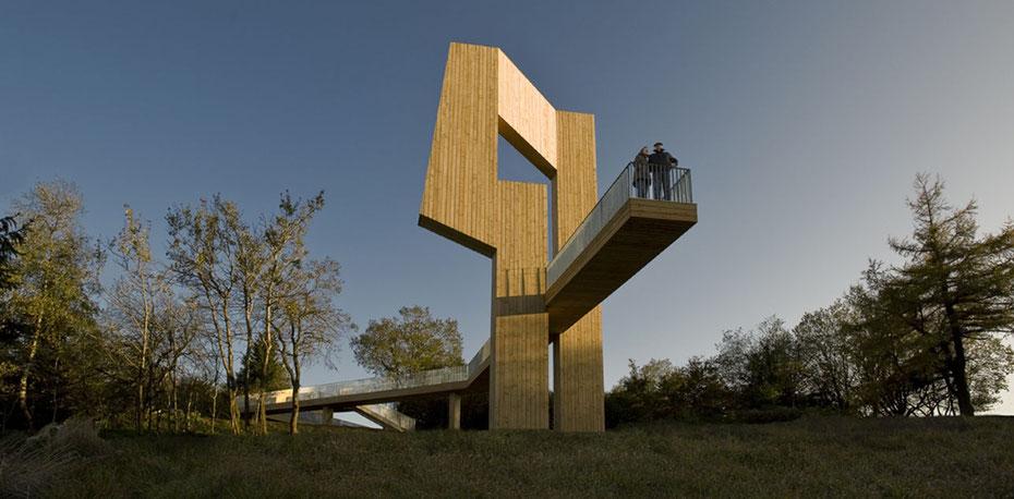 Skulptur Windklang Erbenskopf Christoph Mancke