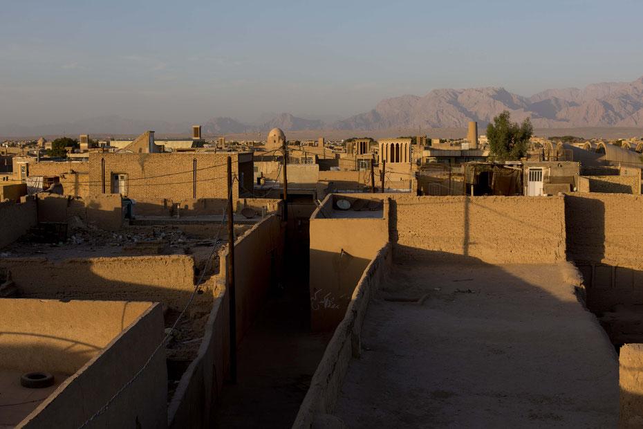 Über den Dächern von Yazd, Iran