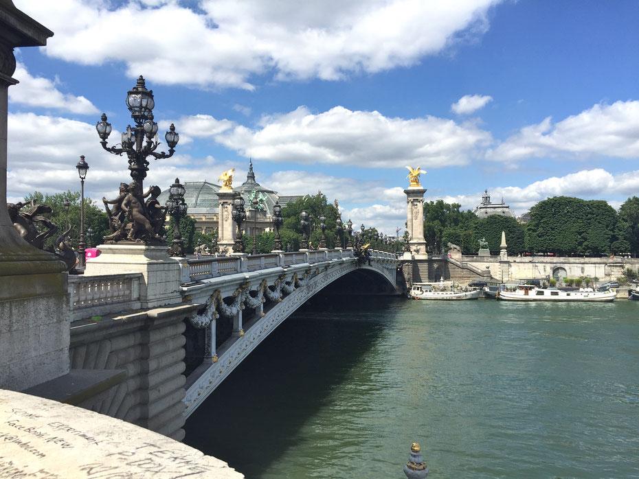 Walking alongside the Seine
