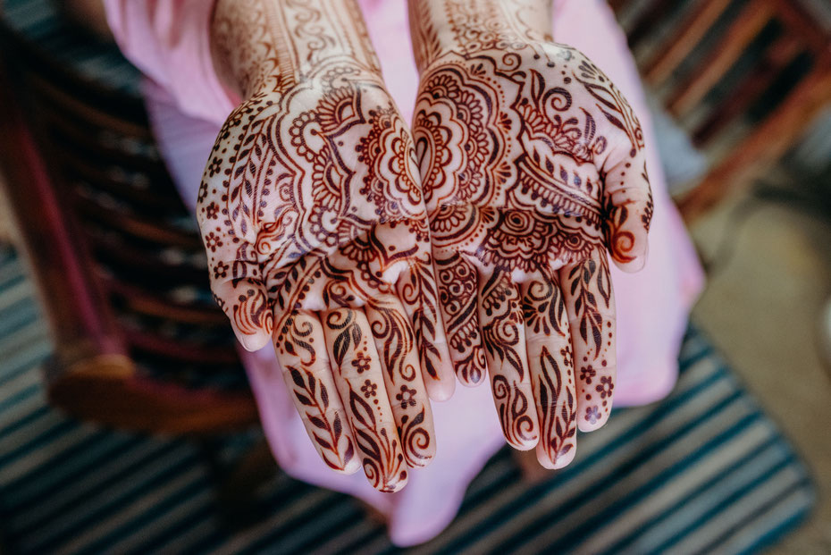 Indian wedding bespoke bridal mehndi by henna artist Rebecca Freeman for Devon Cornwall bride. South West UK