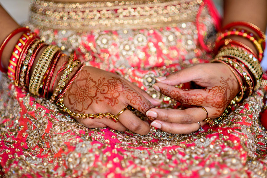 54b3a5817d Indian bride wearing mehndi for her wedding in Cornwall