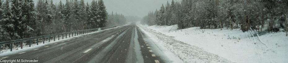 Gestern strahlender Sonnenschein und 15 Grad - heute Schneegestöber