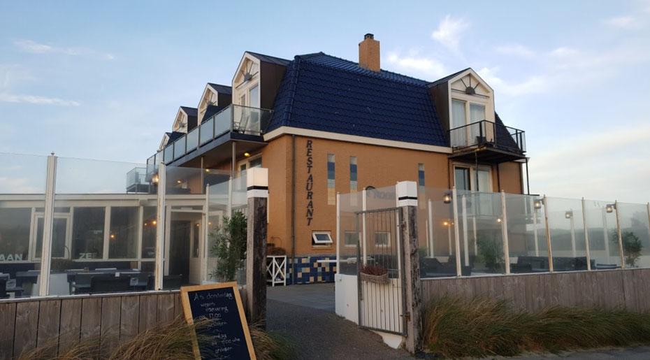 """<img src=""""image.jpg"""" alt=""""Restaurant """" Noordzee"""" op de Buteriggel in De Koog op Texel"""">"""