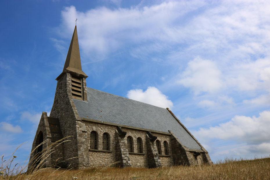 Falaises d'Etretat, falaises d'amont, chapelle Notre-Dame-de-la-Garde