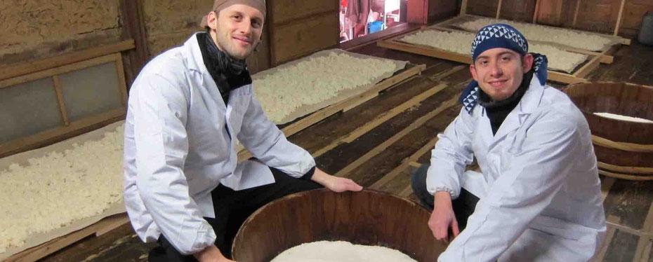 sakés sommeliers, nous partons brasser du saké en hiver du saké chez un brasseur japonais