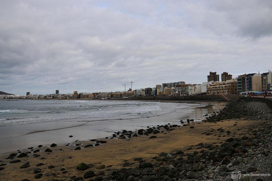 Auch bei nicht ganz so tollem Wetter sehenswert: Playa de las Canteras