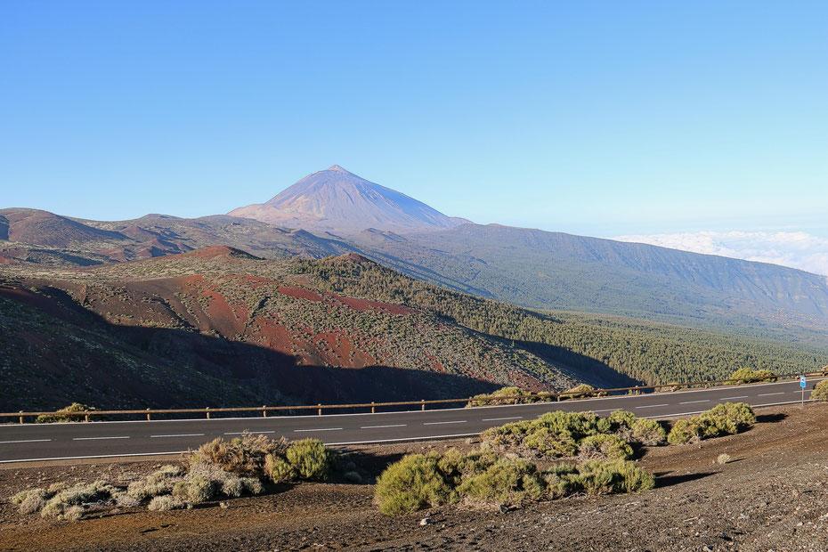 Der Teide - noch aus einiger Entfernung aufgenommen