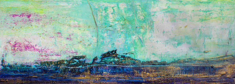 Green Dawn - 2020 (acrylic, ink & mixed media on wood - 50 x 150 x 4) - photo: Serge Devadder
