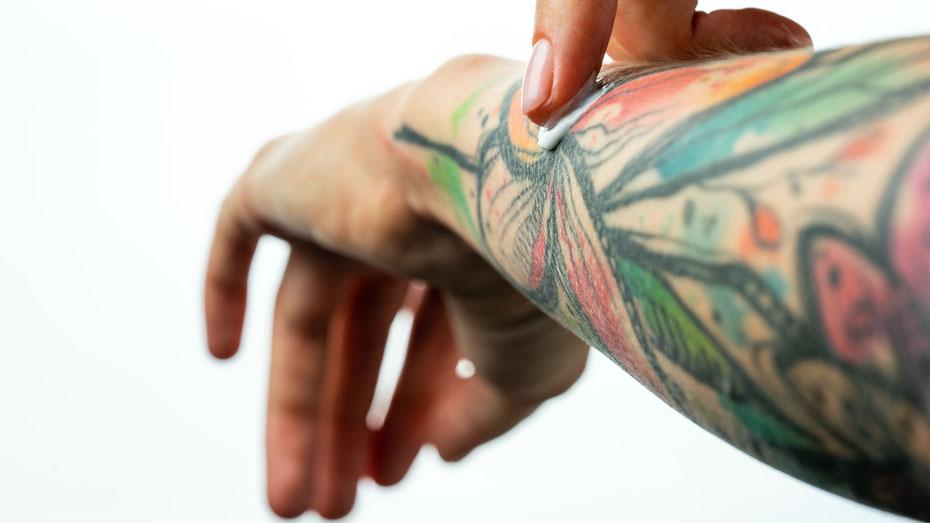 Tattoo Pflege Mann