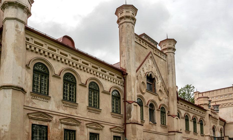Restauruojami grafų Borgų rūmai Preiliuose Latvijoje