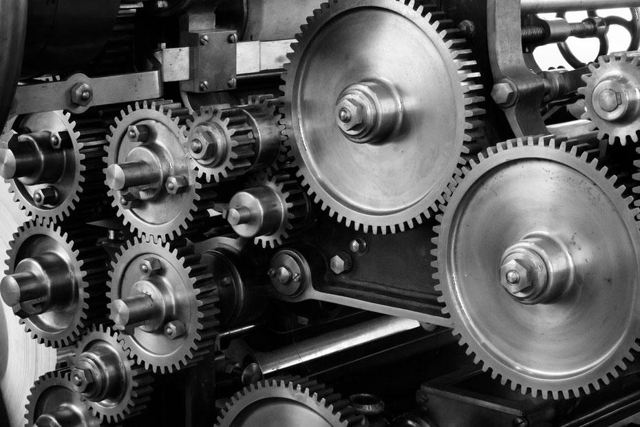 Reparatur und Service von Werkzeugmaschinen, CNC Werkzeugmaschinen, anwendungstechnik, metalltechnik, maschinenbau, TOOLART Maschinen und Präzisionswerkzeuge