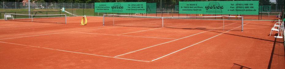 Tennisplatz Ziegelmehl