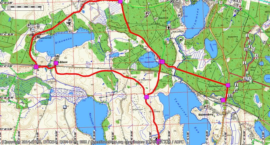Wandern durch Mitglieder des Wandertreff Rostock durch den Naturpark Sternberger Seenland.