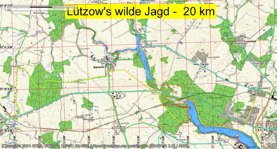 Wandern durch Mitglieder des Wandertreff Rostock in der Nähe von Schwerin.